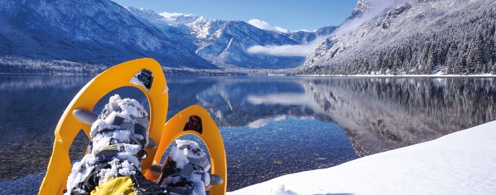 Schneeschuhwandern am Bohinjer See