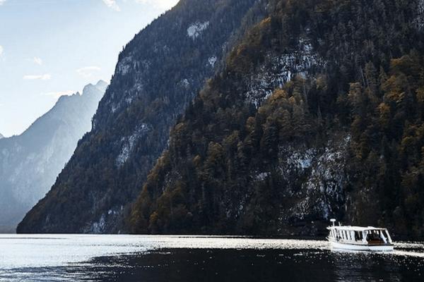 Elektroboot am Königssee ©www.bayern.by - Gert Krautbauer