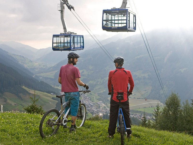Mountainbike Urlaub in Disentis