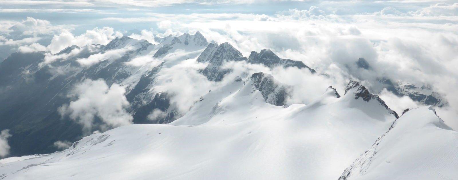 Panorama Gran Paradiso (c) R. Borney