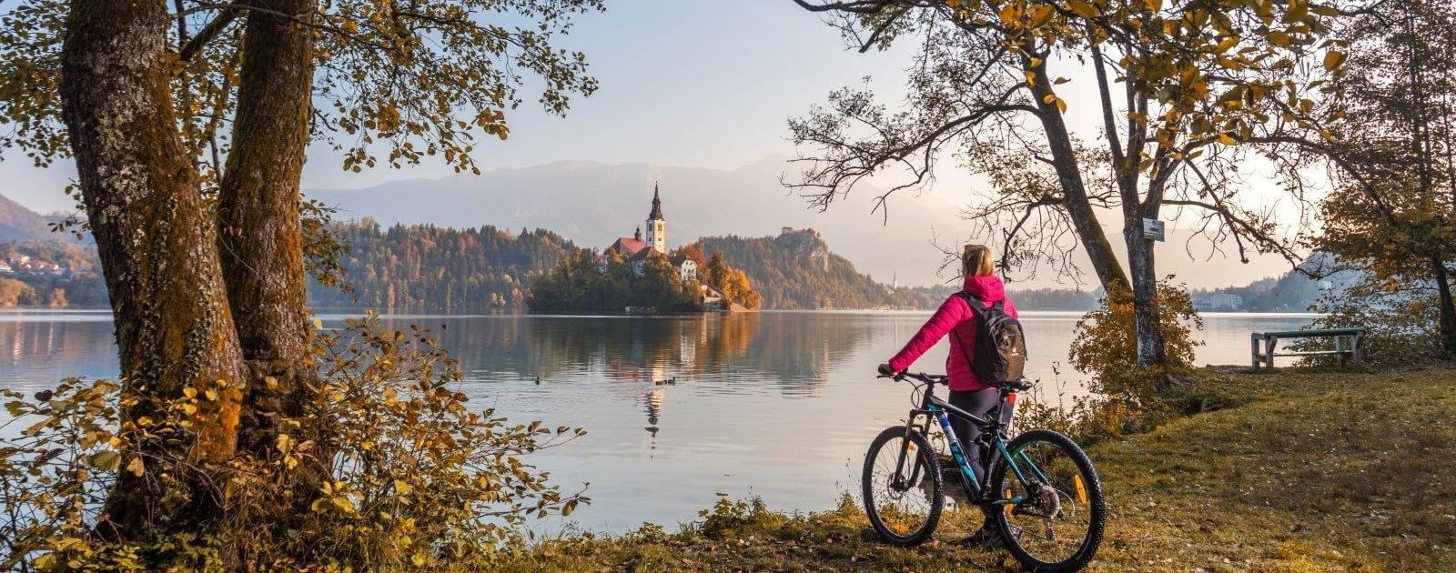 Radfahren am Bleder See (c) Jost Gantar Velika