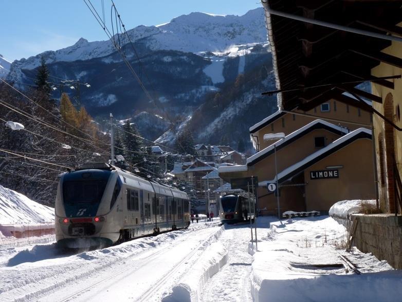 sanft mobil reisen mit der Bahn im Winter