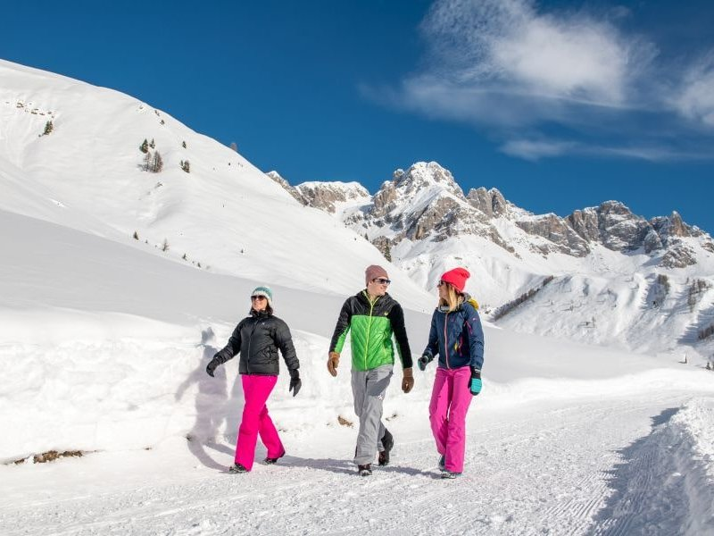 Winterwandern in Moena (c) Mattia Rizzi Archivio APT Val di Fassa