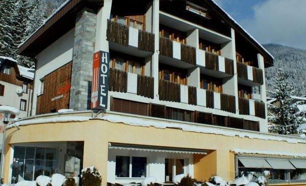 Hotel Restaurant Disentis La Furca