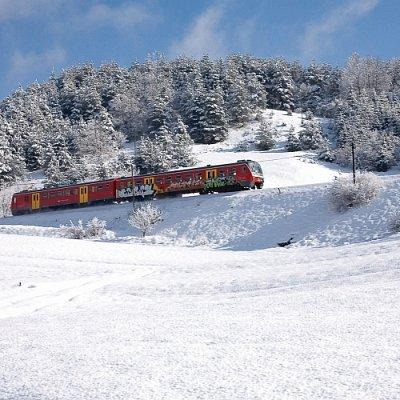 Winterliche Bahnreise in Bohinj