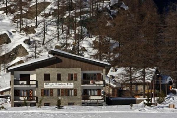 Rifugio Massimo Mila Winter