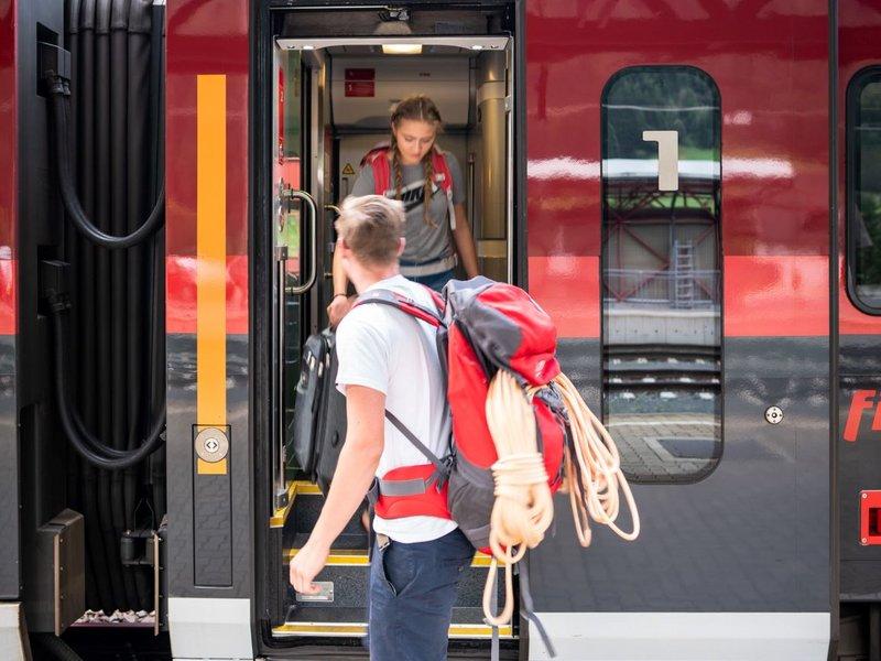 Ankunft Railjet am Bahnhof Mallnitz (c) Dietmar Denger