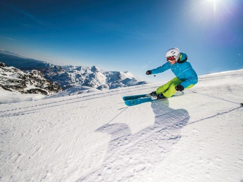(c) Elan Skis Klemen Razinger