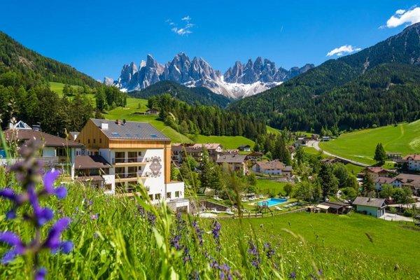 Hotel Tyrol im Sommer
