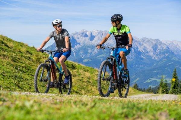 Mountainbiken in Werfenweng (c) Marco Dullnig
