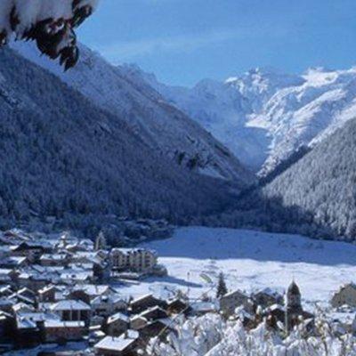 Winterpanorama Cogne