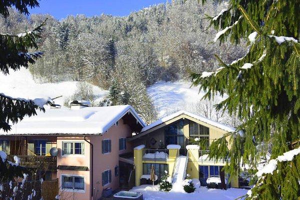 Ferienparadies Alpenglühn Winter
