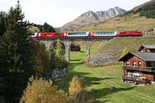 Glacier Express Disentis