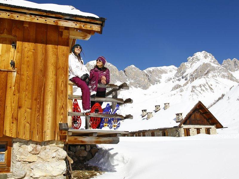 Schneeschuhwandern in Moena (c) Ralf Brunel Archivio APT Val di Fassa